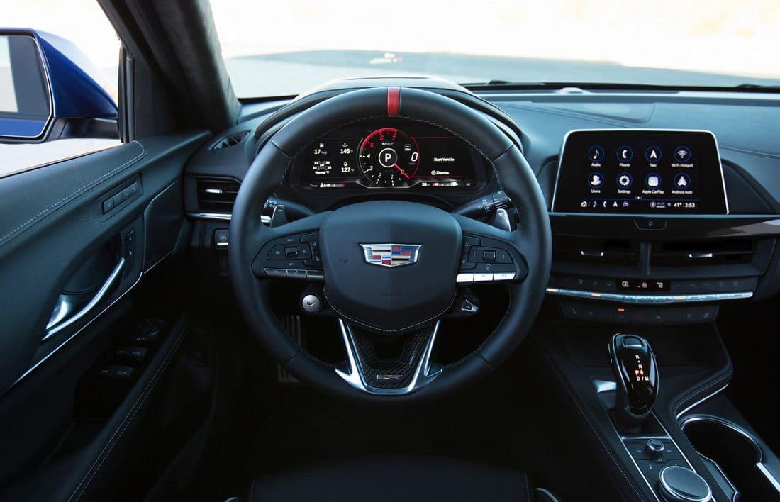 салон Cadillac CT4-V Blackwing 2022