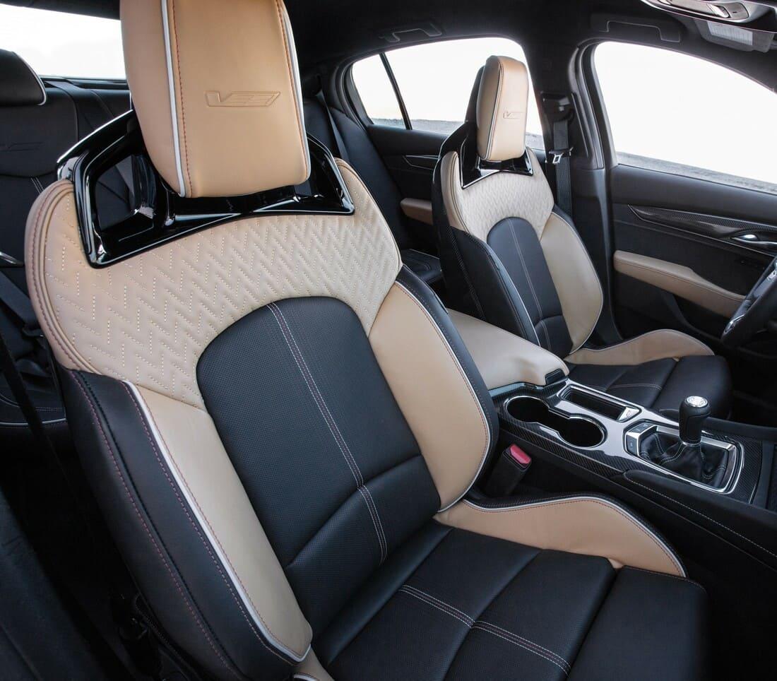 сиденья Cadillac CT5-V Blackwing 2022