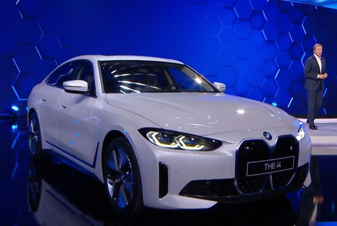 BMW i4 2022 фото