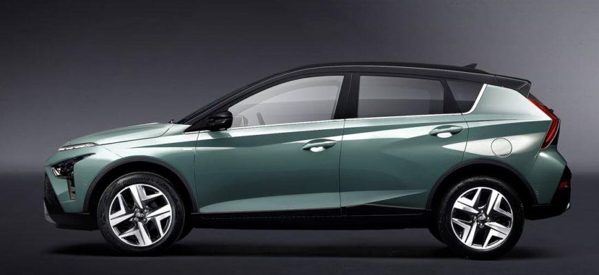 новый Hyundai Bayon сбоку