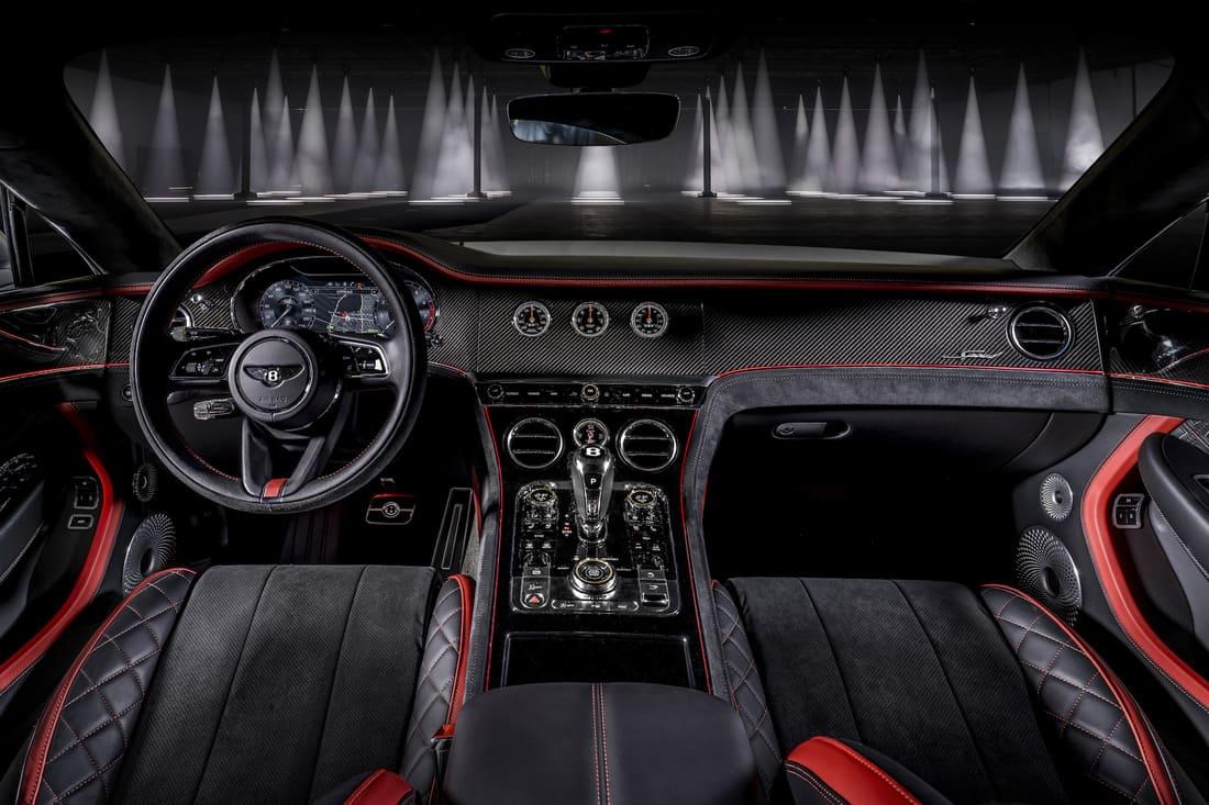 салон Bentley Continental GT Speed 2022
