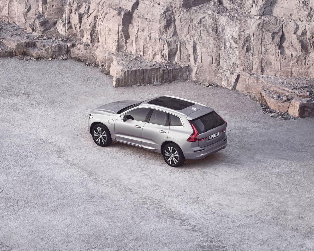 Volvo XC60 2022 сверху