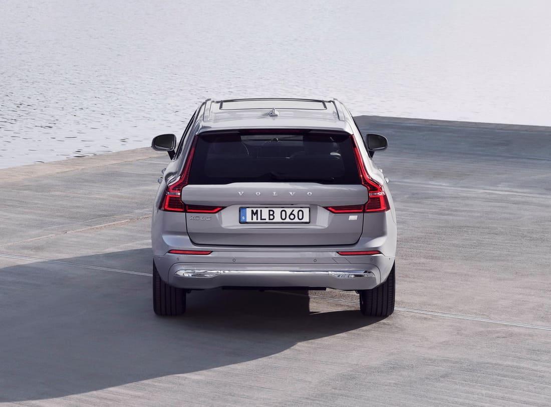 задние фонари Volvo XC60 2022