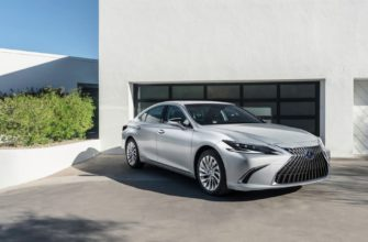 фото Lexus ES рестайлинг 2022 года