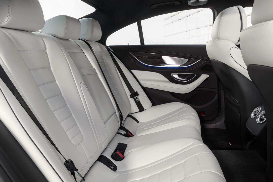 Mercedes CLS 2022 интерьер