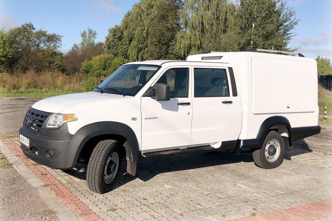 многофункциональный фургон УАЗ Профи 2021 сбоку
