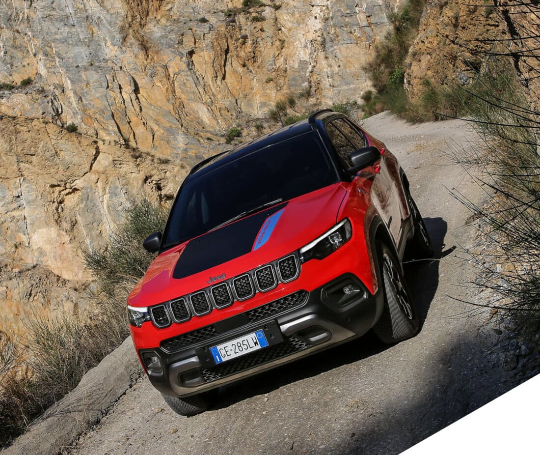 Новый Jeep Compass 2021-2022 фары, решетка