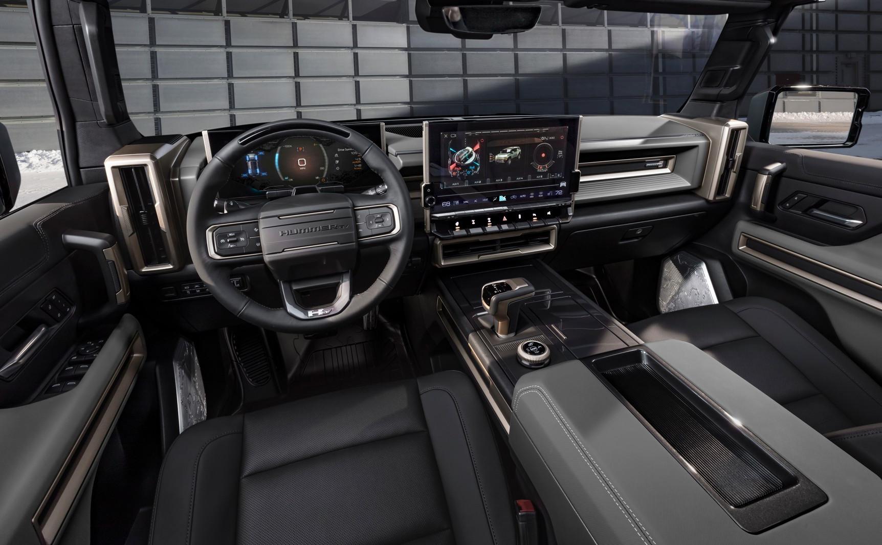 салон Hummer EV SUV 2024