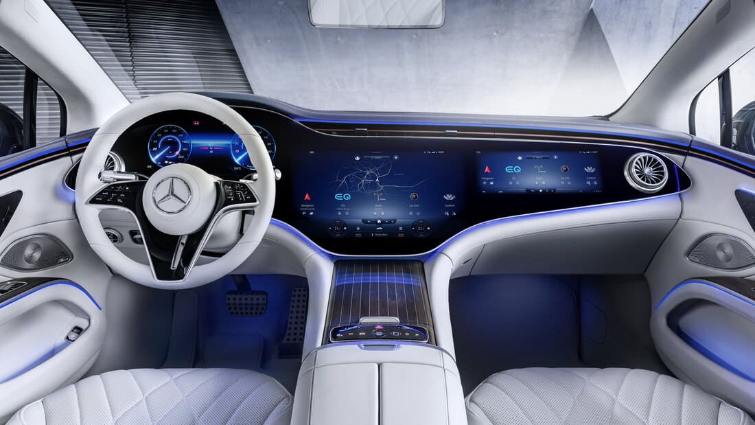 салон Mercedes-Benz EQS 2022