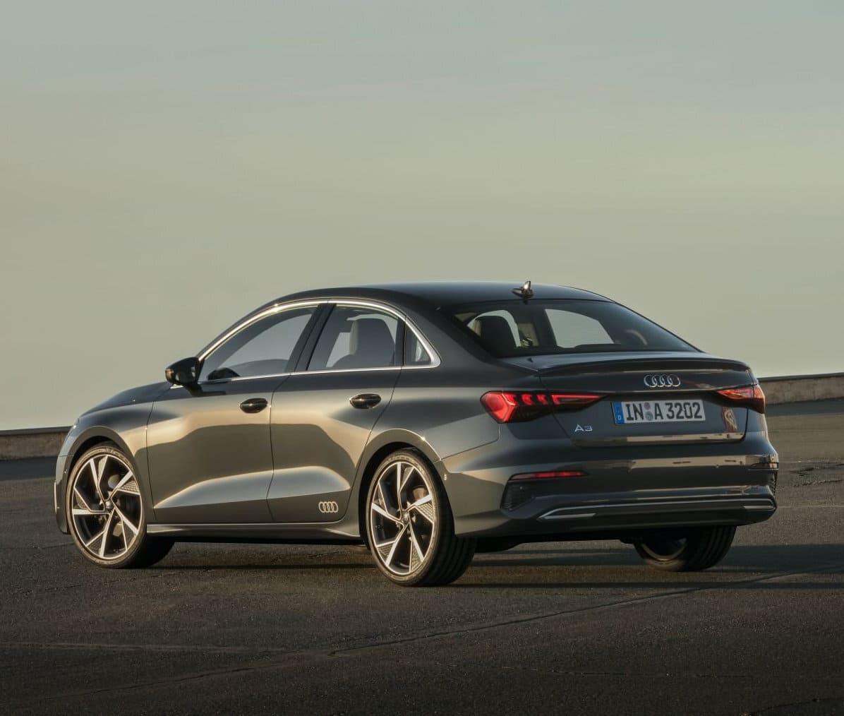 задняя часть - седан Audi A3 2021-2022