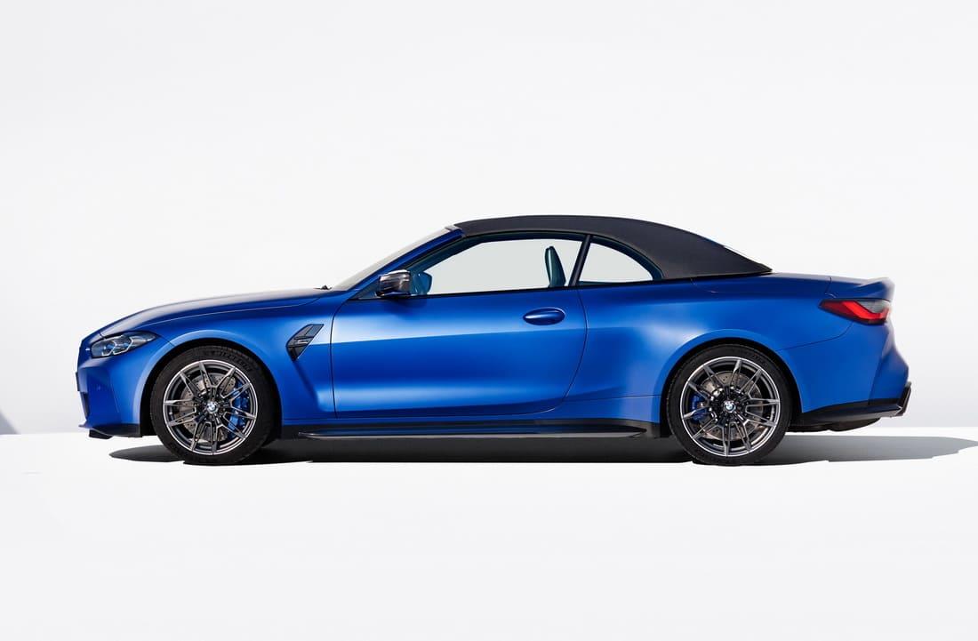 кабриолет BMW M4 2022 сбоку