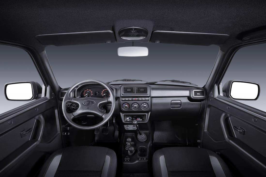 салон Lada Niva Legend Black (4×4) 2021