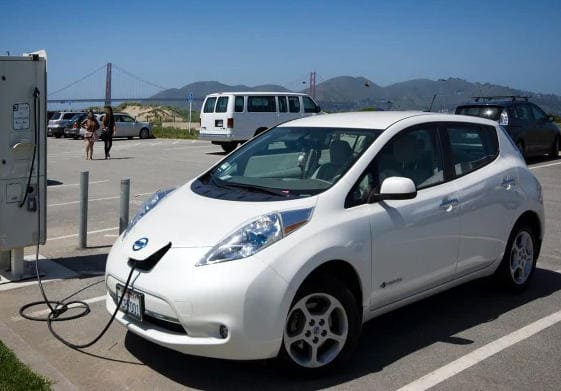 Таможенные пошлины на электромобили в России в 2022 году