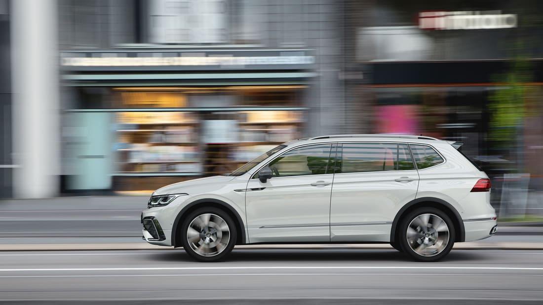 Volkswagen Tiguan Allspace 2022 сбоку