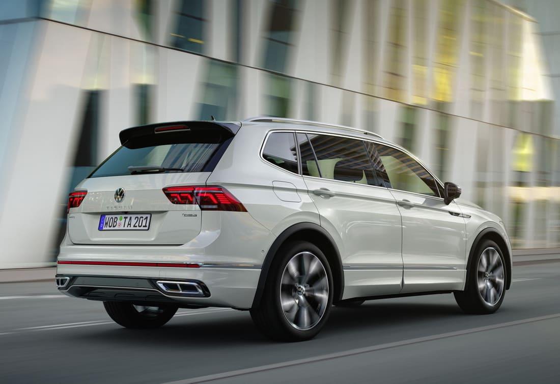 задние фонари Volkswagen Tiguan Allspace 2022