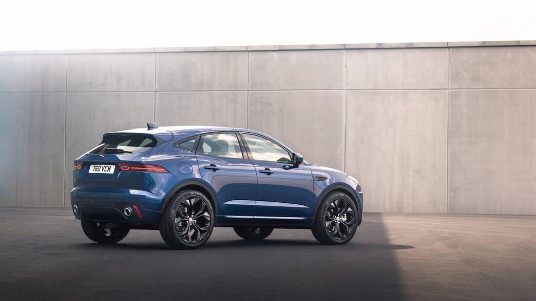 задняя часть Jaguar E-Pace R-Dynamic Black 2021