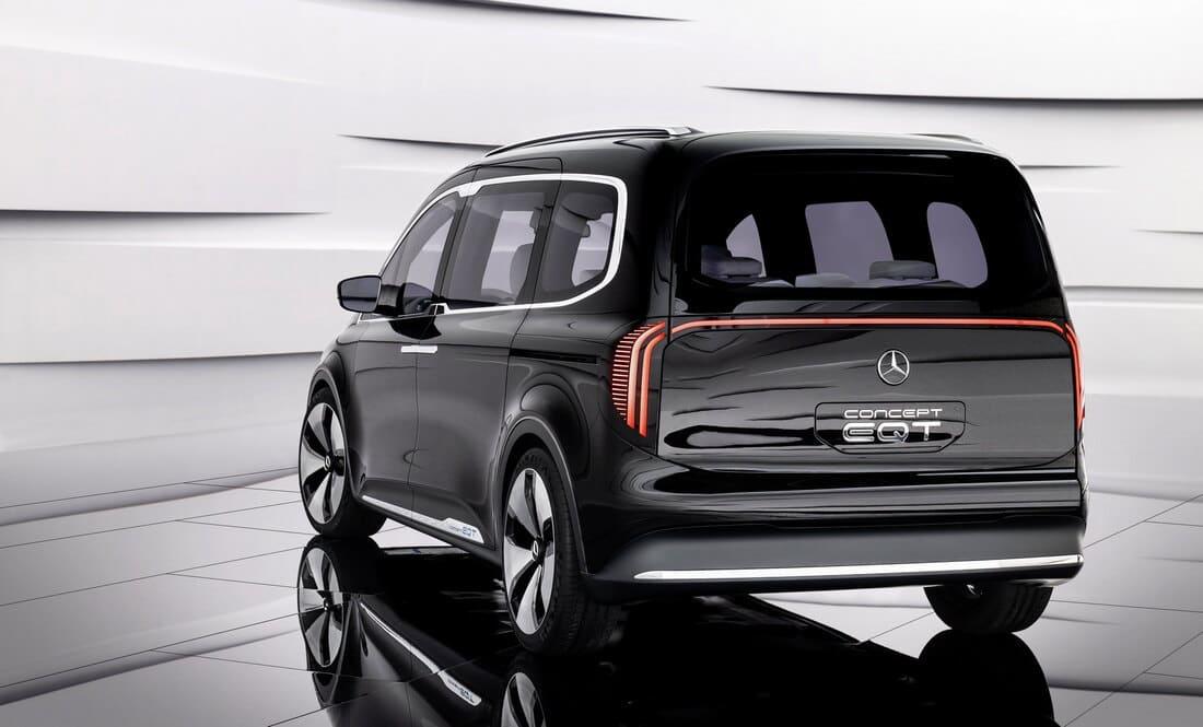 задняя часть Mercedes EQT 2022