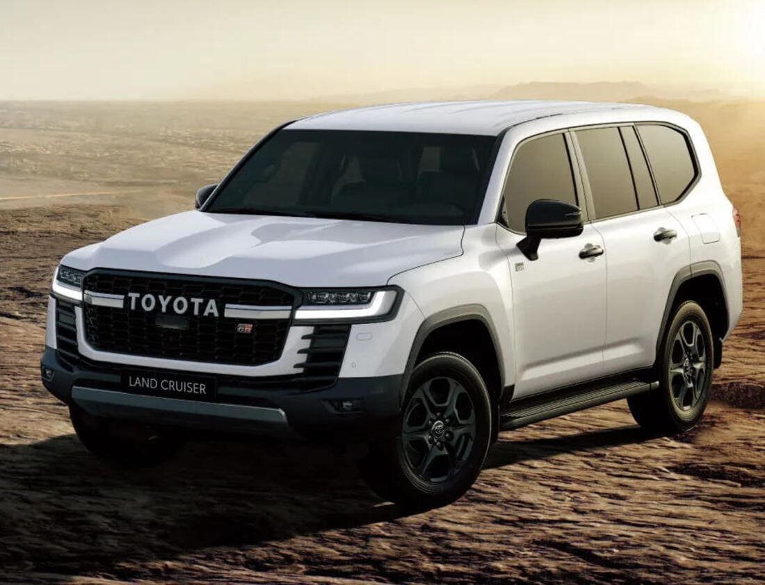 фото Toyota Land Cruiser 300 GR Sport 2022