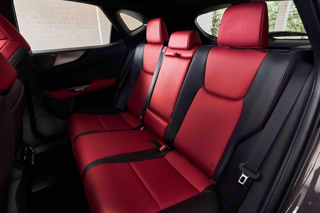интерьер Lexus NX 2022