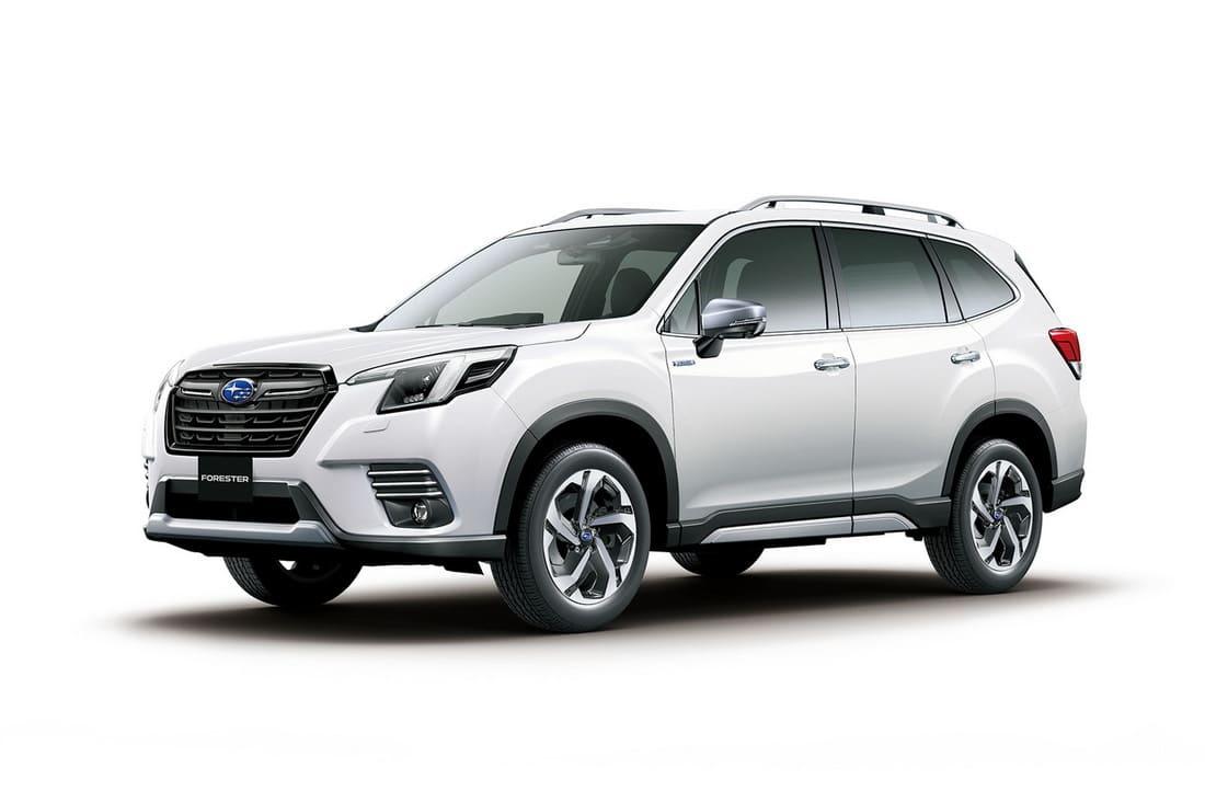 Subaru Forester 2022 сбоку