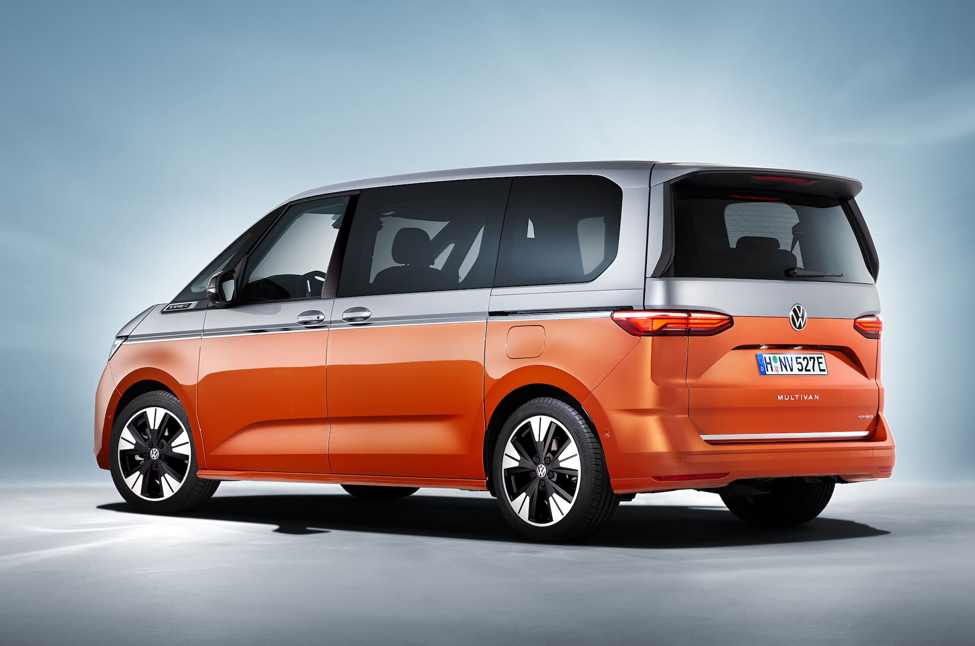 задняя часть Volkswagen Multivan T7 2022
