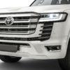 фары, решетка, бампер Toyota Land Cruiser 300 2022 года