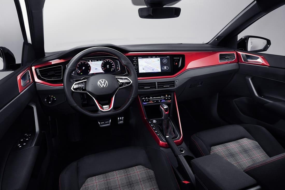 салон Volkswagen Polo GTI 2022