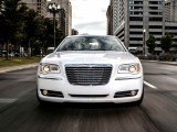 Спецверсия Chrysler 300 Motown Edition 2013 года