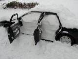 Как очистить машину от снега (видео)
