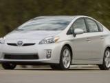Toyota Prius и Lexus HS 250h отзывают из-за неисправностей